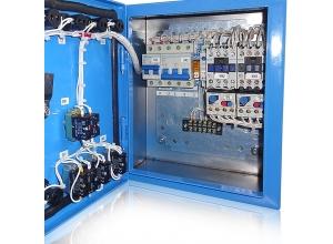 Щит управления станцией опреснения морской воды.