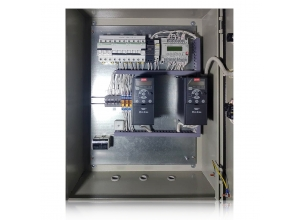 Щит пииточно-вытяжной вентиляции в аккумуляторной с регуляторами контроля воздуха и резарвирование вентилятора . На контроллере АТЛАС CITYRON , Segnetics PIXEL.
